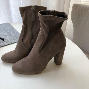 Nordstrom Grey suede bootie heels